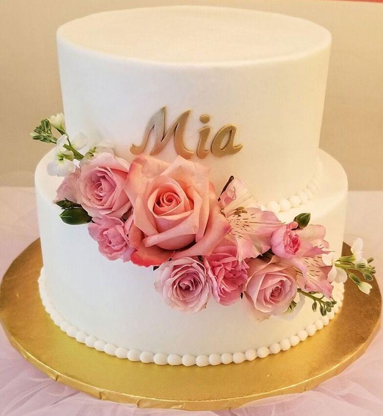 Baby Shower Cake Roses